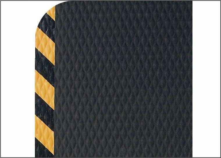 Hog Heaven floor mat with safety border