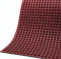Corner view for Red/Black Waterhog Drainable Outdoor floor mats with fashion edge
