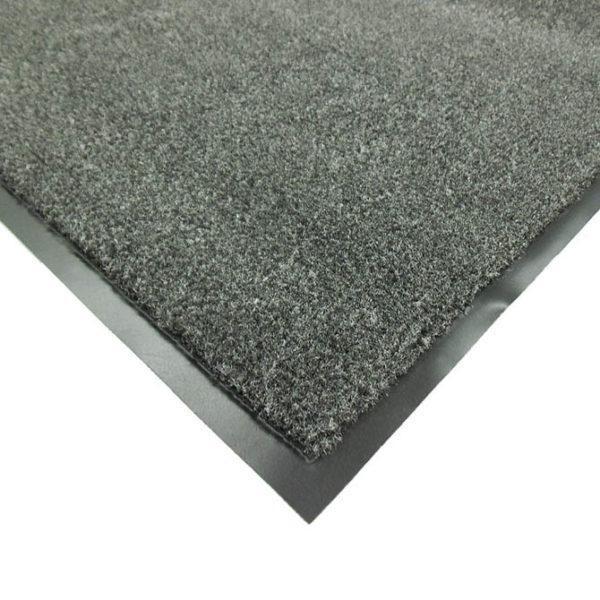 Corner Edge Detail picture of Olefin indoor door mats showing black vinyl floor mat edging