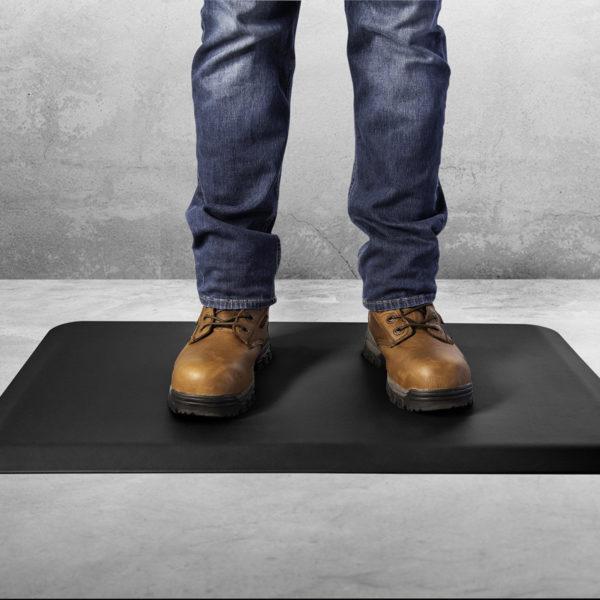 Tough Guy anti-fatigue mat