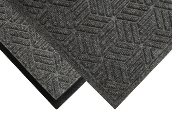 Corner view of two edge types for Waterhog Legacy Eco Classic Fashion Entrance Mats