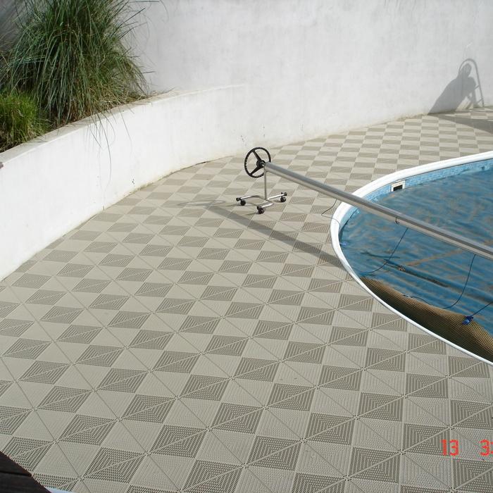Outdoor Non-Slip Matting & Rubber Deck Tiles